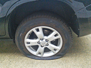 Rav4_tire_blew_out_1